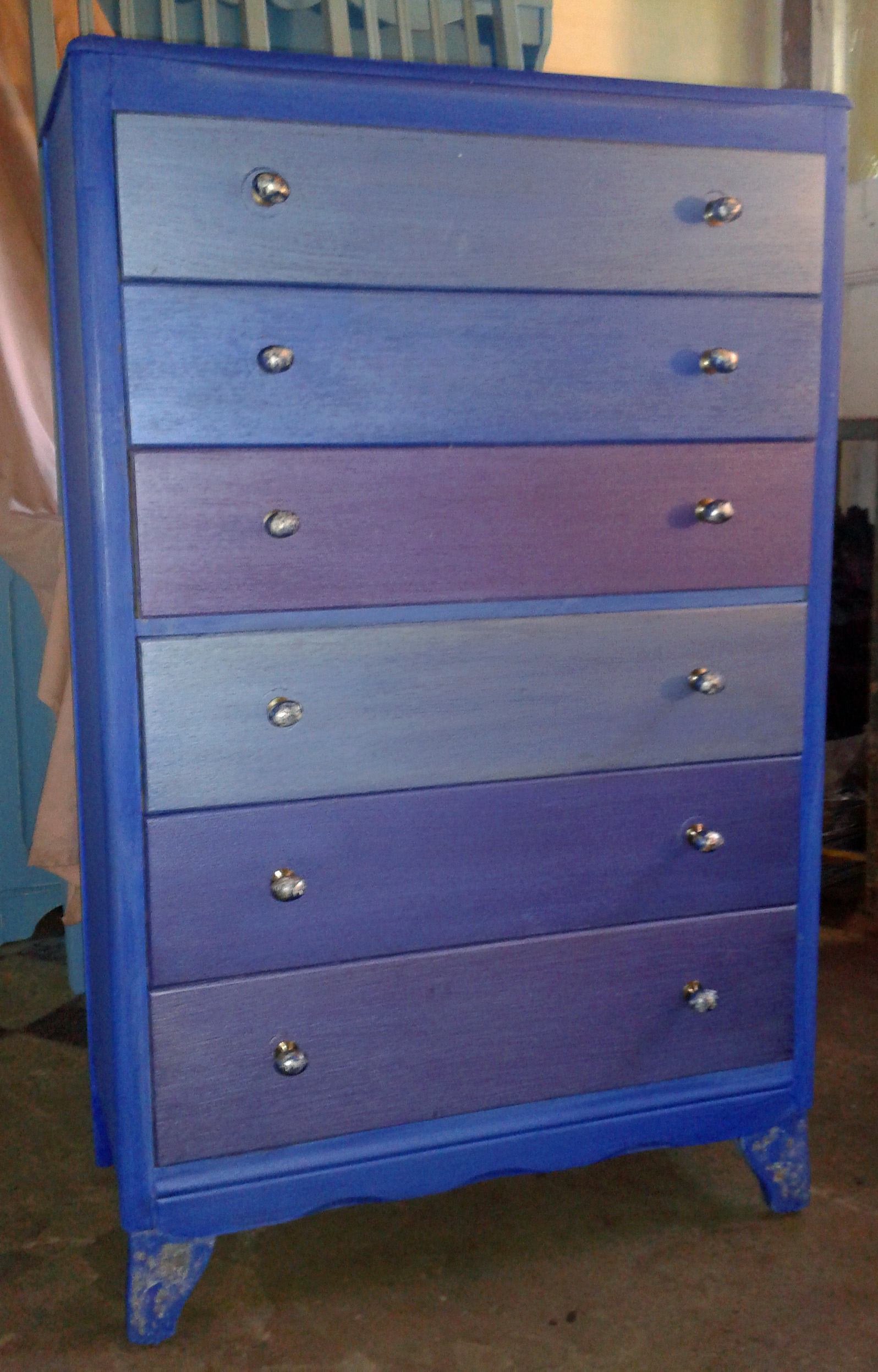 Metalic blue chest of drawers orissa designs for Chest of drawers ideas